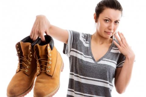 Como eliminar el olor a patas
