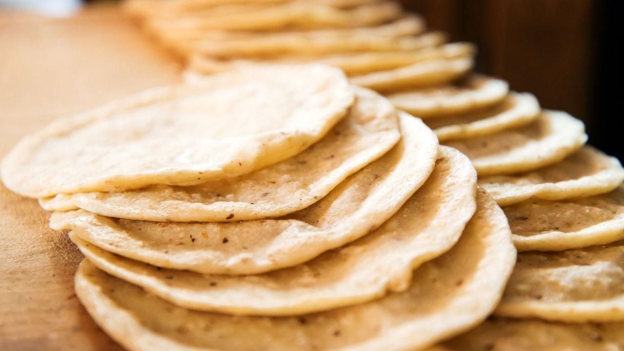 Como hacer tortitas de maíz